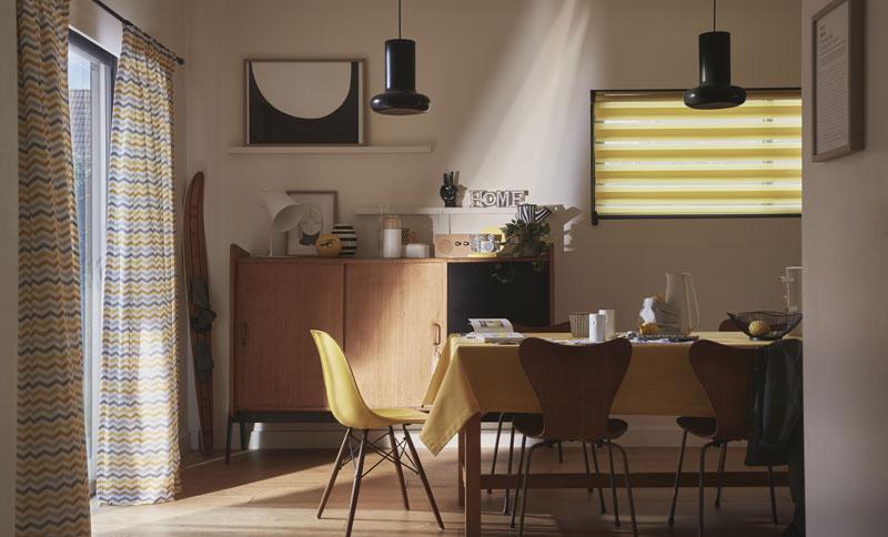 Les nouveaux rideaux pour une cuisine moderne, ce sont les stores !