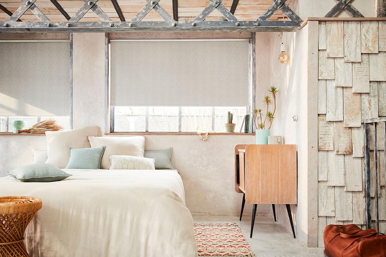 Store enrouleur MANDABO chambre à coucher heytens